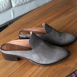 Frye Ray Leather Western Mules SZ 7.5